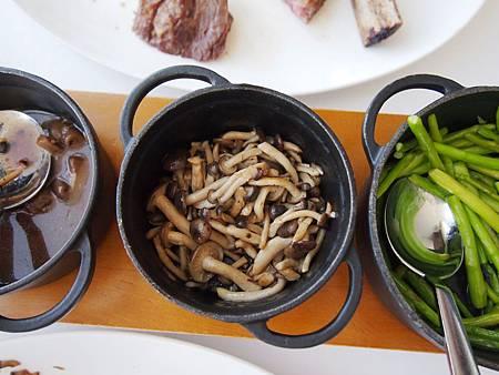 洋菇蘆筍配菜