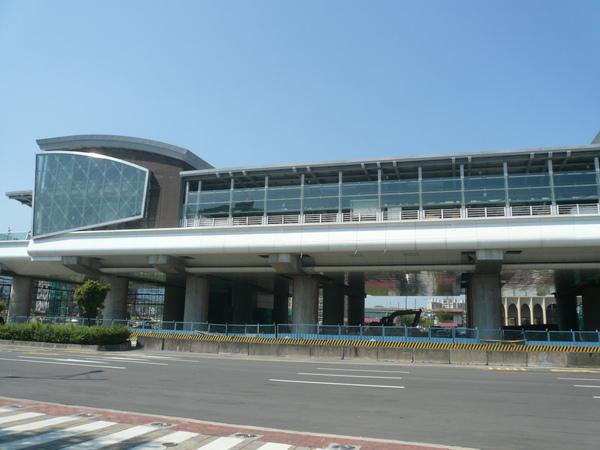 捷運南港經貿園區站