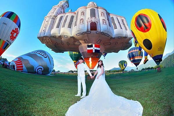 高雄自助婚紗攝影台灣熱氣球嘉年華在色彩繽紛的