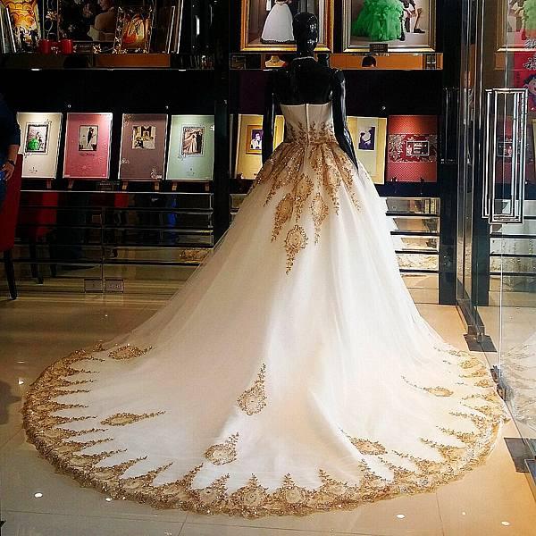 高雄自助婚紗禮服出租