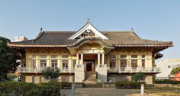 Tainan_Taiwan_Martial-Art-Hall_Butokuden-01.jpg