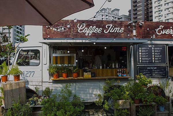 高雄婚紗餐廳景點推薦:好擠餐車露天咖啡座