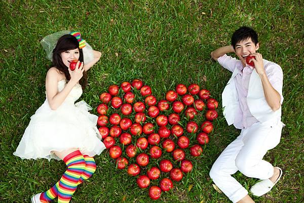 IM高雄創意婚紗攝影:LOVE 蘋果