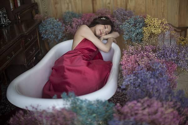 浴缸自助婚紗