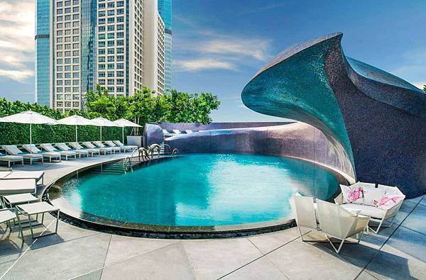 bangkok-best-pool-hotels.jpg