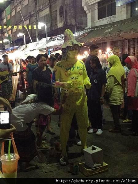 Night Market1