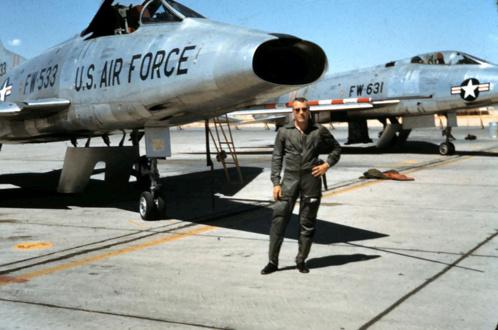 F-100A-20-NA 0127 53-1631 F-100 Transition Training.jpg