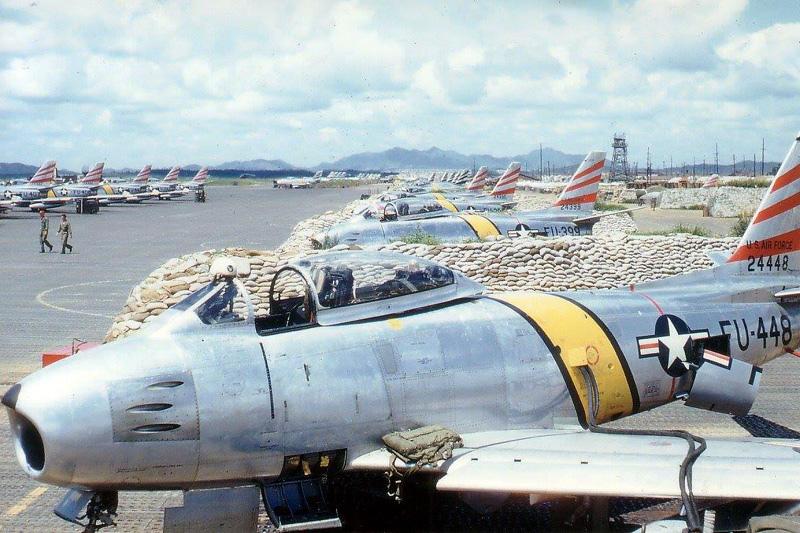 F-86F-30 6274-36FBS Flying Fiends Suwon AB K-13 spring 1953.jpg