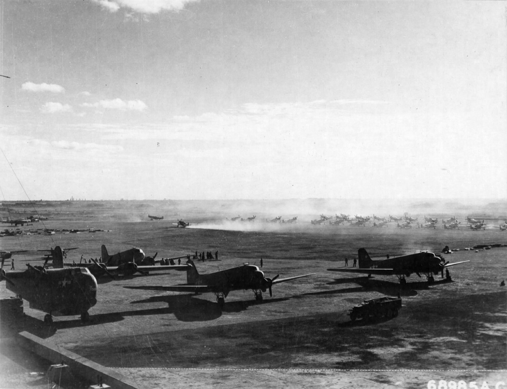 Lunghwa Airbase Shanghai 27 Oct 1945.jpg