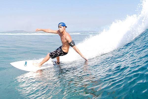 WaterproofArmbands_WA2_Surf2.jpg