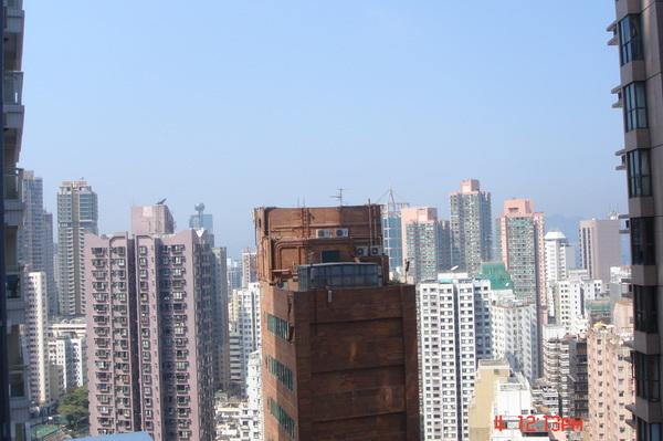 從陽台望出去是都市叢林