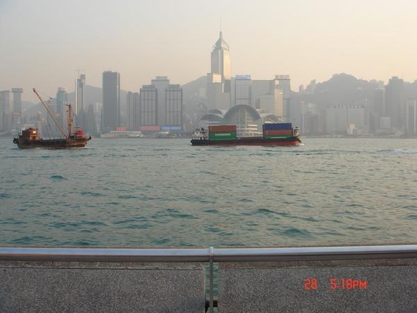日落前從星光大道眺望香港島