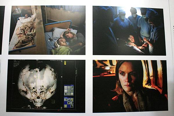 2011新聞攝影展15.JPG