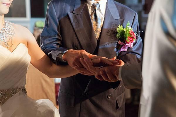 交手託付婚禮儀式