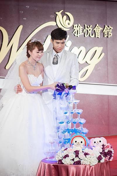 浪漫結婚儀式香檳塔
