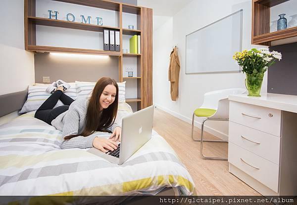Bedroom Student.jpg