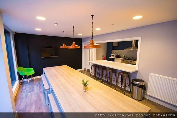 Group kitchen (2).jpg