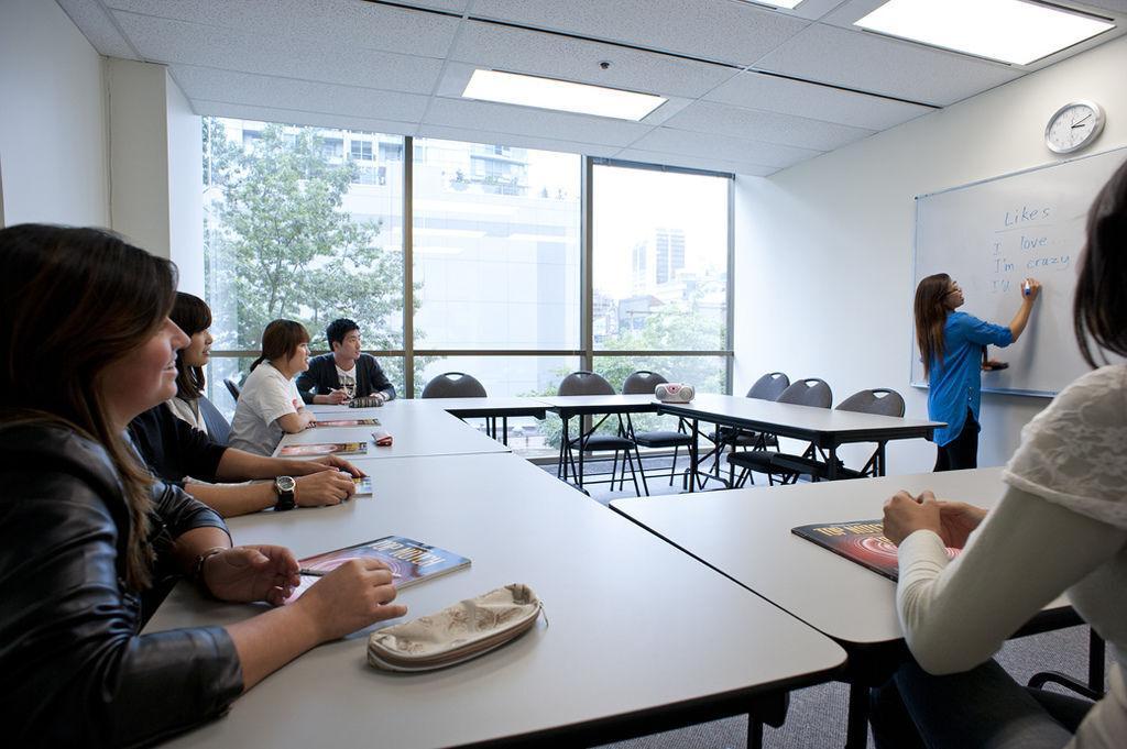 2019 iTTTi 溫哥華語言學校 加拿大遊學 獨家優惠.jpg