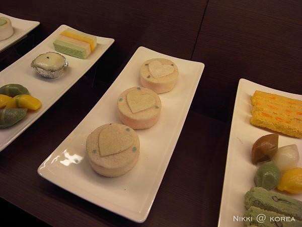 長的漂亮的韓國糕點.jpg