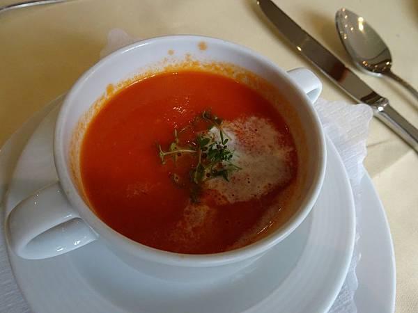 番茄湯.jpg