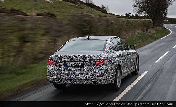 2018-BMW-5-series-prototype-134-876x535.jpg