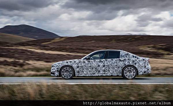 2018-BMW-5-series-prototype-112-876x535.jpg