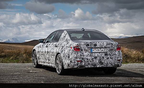 2018-BMW-5-series-prototype-137-876x535.jpg