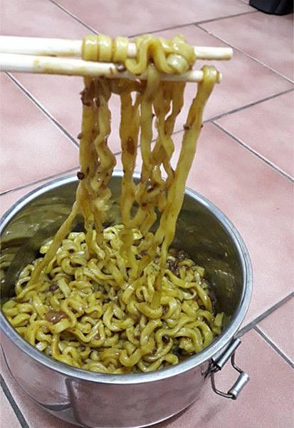 艾多美 炸醬麵9