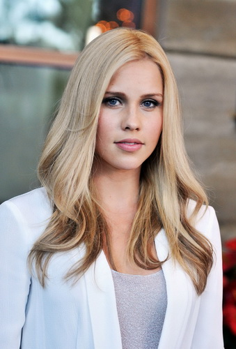 CLAIRE-HOLT-at-Australians-In-Film-Awards-and-Benefit-Dinner-in-Century-City-2