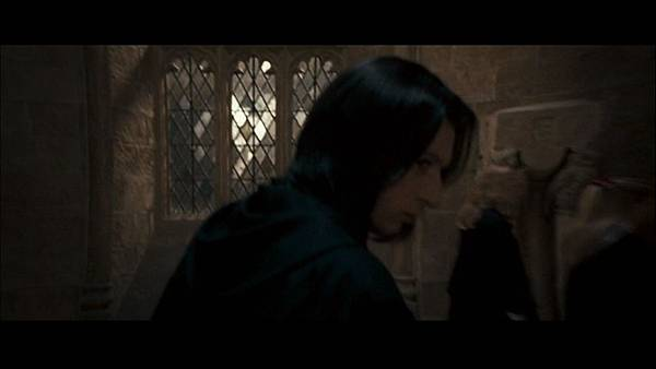 Young-Snape-severus-snape-15699969-853-480.jpg