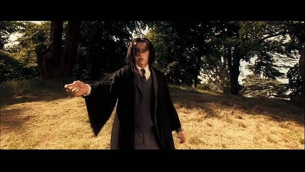 Young-Snape-severus-snape-15700013-853-480.jpg