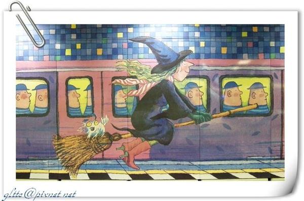 幾米風的捷運南港站06.jpg