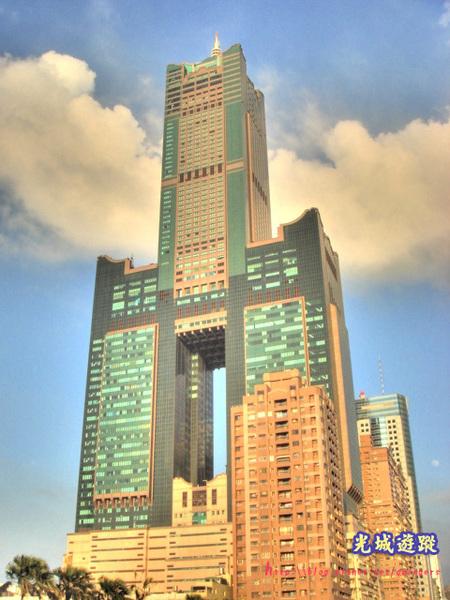 地標的象徵一85大樓.jpg