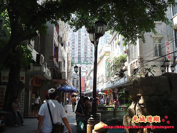 華林國際外街景.jpg