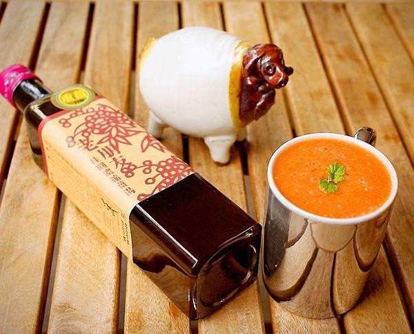 櫸木~老朋友~番茄薑汁