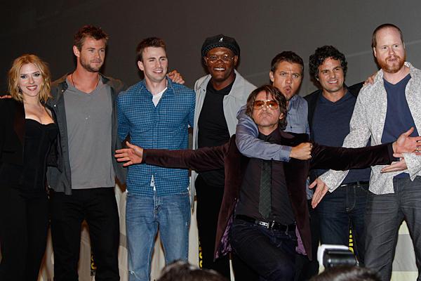 The_Avengers-cast-comic-con