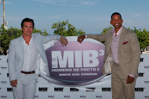 tn_MIB3-RDJ_PhotoCall02