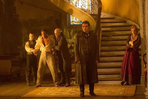 Abraham-Lincoln-Vampire-Hunter-21