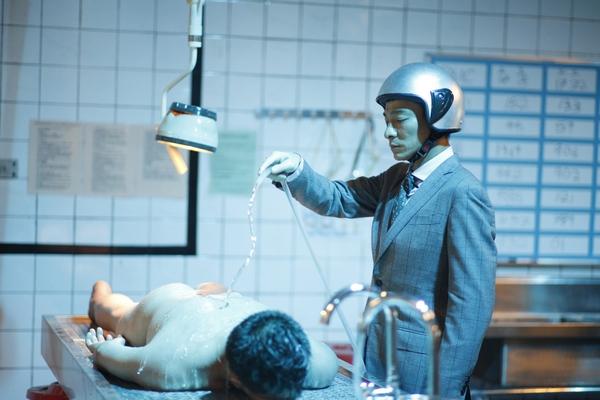 tn_殮屍房模擬辦案,華仔模擬洗屍