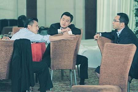 【海闊天空】黃曉明(右起)佟大為鄧超 三位好友吵架拆夥