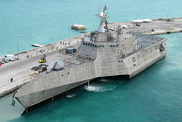 USS LCS-2