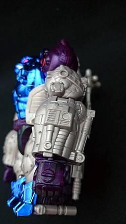 Optimus Primal_13-1
