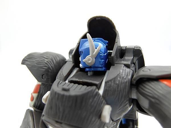 Optimus_4-1.jpg