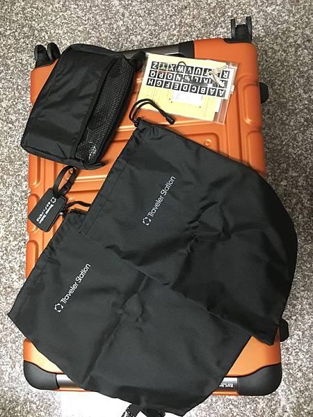 Crown 皇冠悍馬鋁框行李箱27吋-19.2.JPG