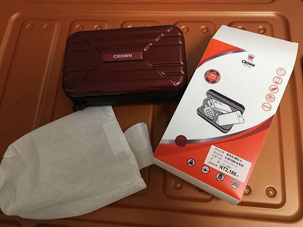 Crown 皇冠悍馬鋁框行李箱27吋-25.JPG