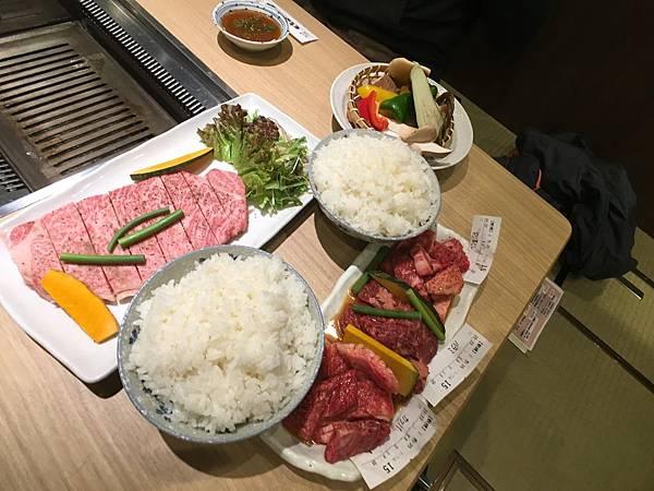 坂前燒肉黑毛和牛-1.JPG