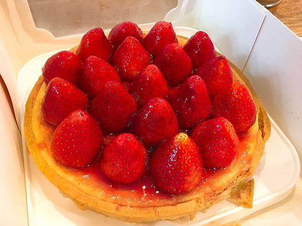 佳樂草莓乳酪派-4.JPG