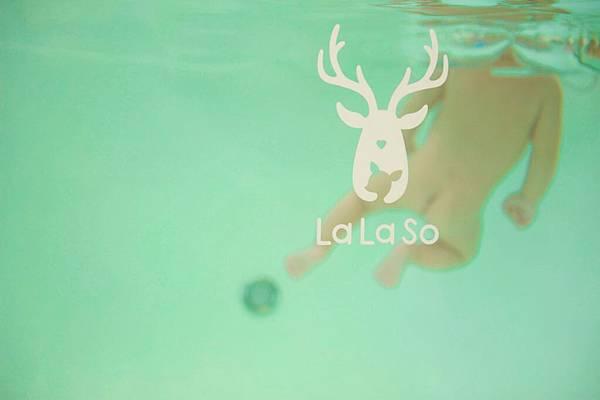 拉拉手游泳-1.JPG