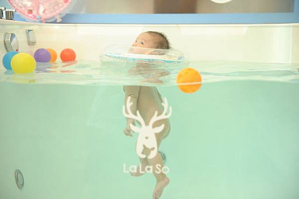 拉拉手游泳-26.JPG