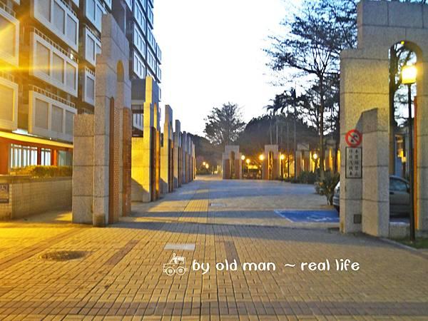 國際學生宿舍前面2